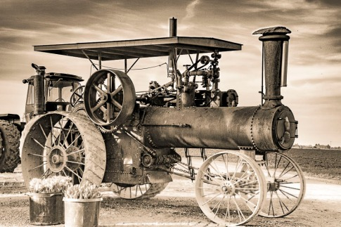 An old steam engine tractor.