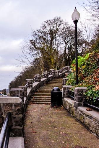 Slight curve outdoor stairway.
