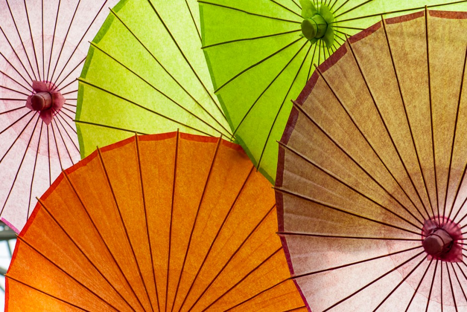 These round bamboo umbrellas layered like this makes for some beautiful curves.