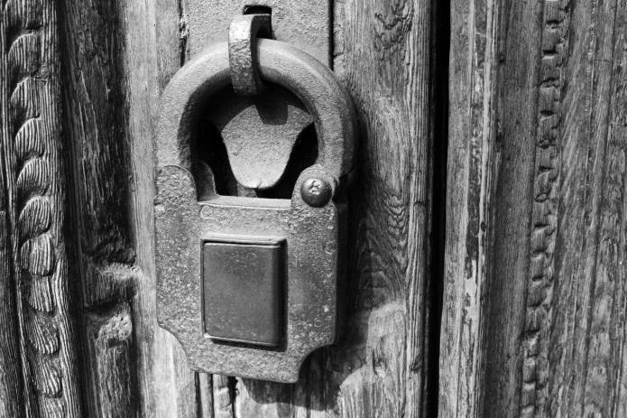 lock-bw