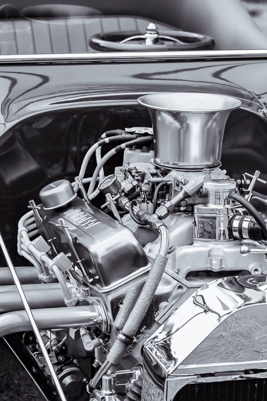 Hot Rod engine early 1920s.