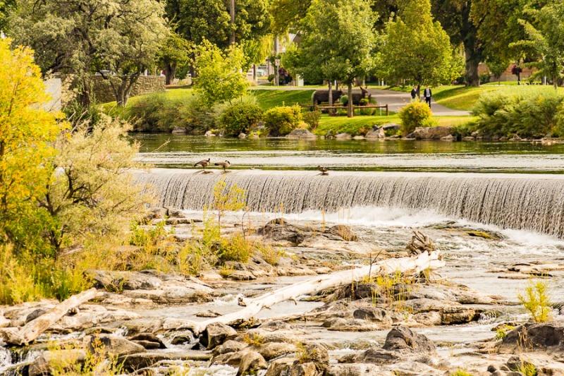 The falls from Snake River in Idaho Falls, Idaho .