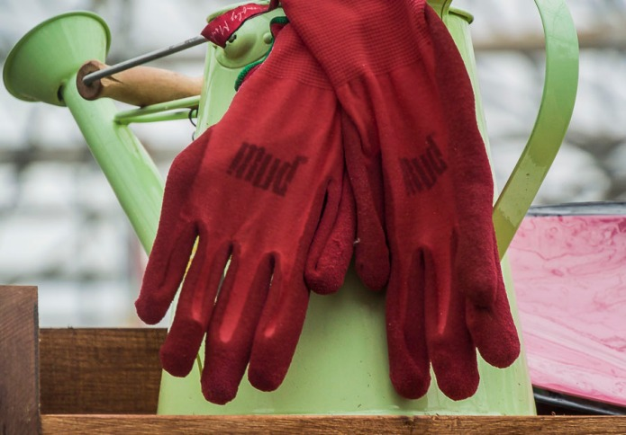 Gloves and watering can.