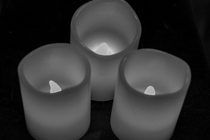 Battery powered plastic notice candles.