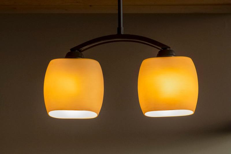 Soft lighting in a restaurant.