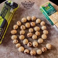 On the Hunt for Joy Challenge:  Arrange your snacks